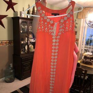 Signature Studio Casual Orange midi dress